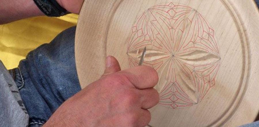 Corso intaglio su legno