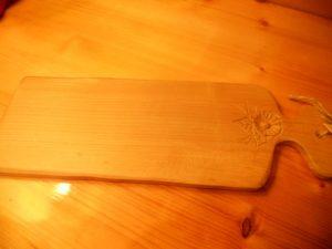 tagliere-legno-intagliato